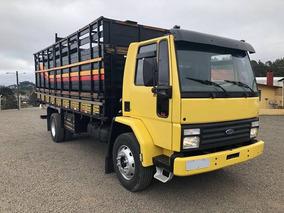 Ford Cargo 1215 Boiadeiro