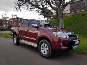 Toyota Hilux 3.0 Cd Srv Cuero Tdi 171cv 4x4 5at