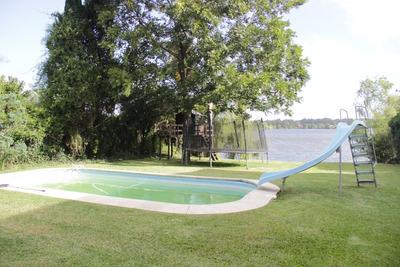 Hermosa Casa Frente Al Lago.