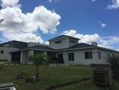 Hermosa Casa En La Tahona A Estrenar.