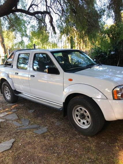 Nissan Frontier 2.4 Le 4x4 Mt