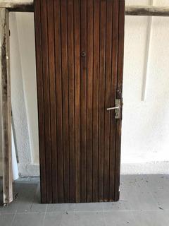 Puerta De Madera 206cm Alto X 87cm Ancho X 4,5cm De Espesor