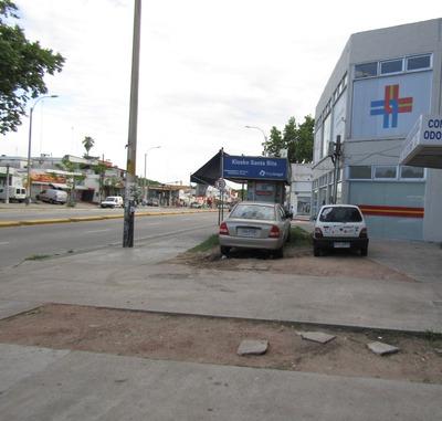 Local Comercial Sobre Avenida Garzón