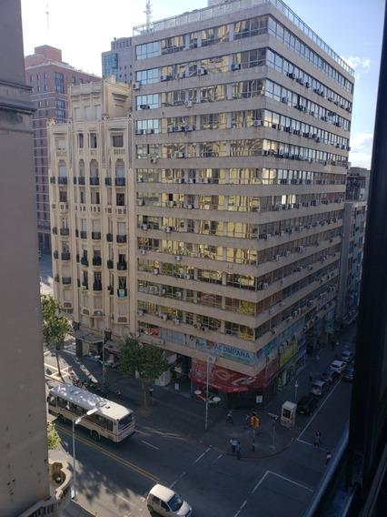 Apartamento Frente,luminoso,piso Alto,todos Los Servicios
