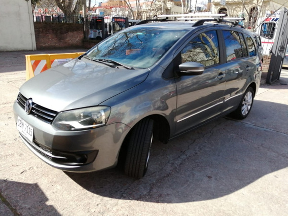 Espectacular Camioneta Familiar Vw Suran