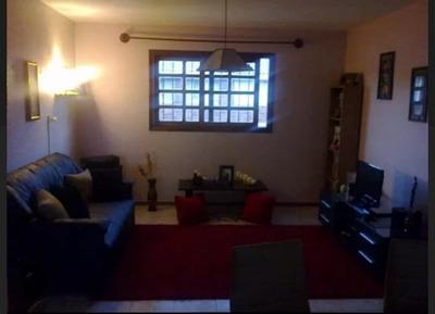 Apartamento En Venta - Roldos Y Pons
