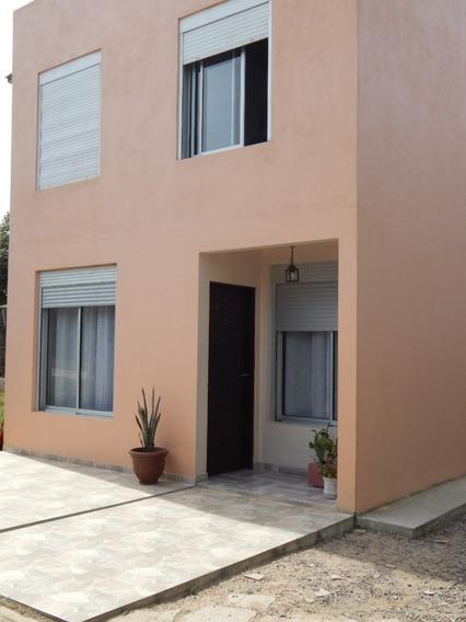 Casa 5 Ambientes, 2 Baños, Parrillero, Cochera, A 2 D Playa