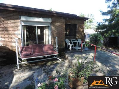 2 Casas En Un Padrón Shangrilá Sur 4 Dormitorios