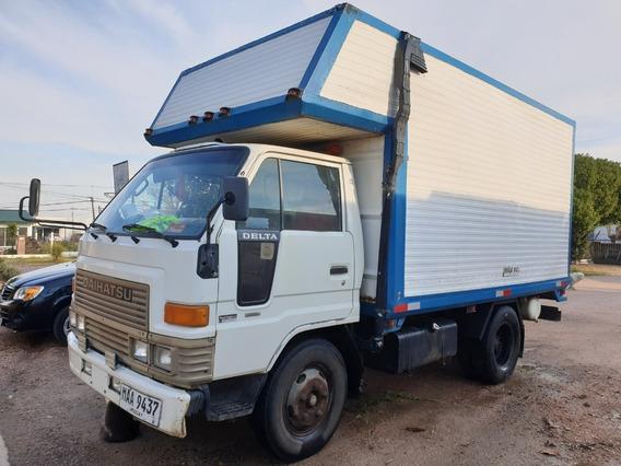 Camion Daihatsu Delta Doble Rueda