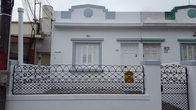 Exclente Ubicaciòn, Còmoda Casa Antigua Con Gran Fondo
