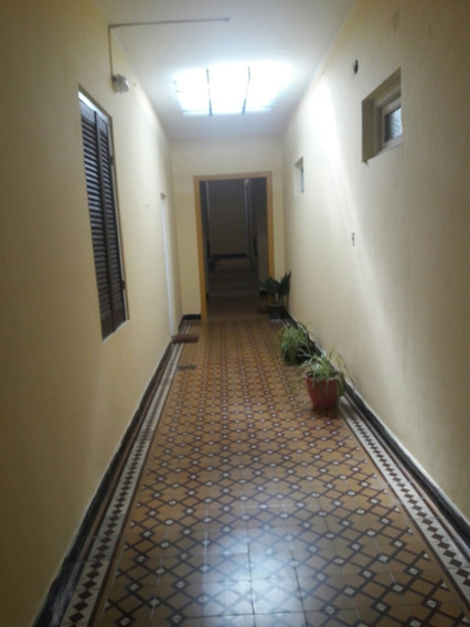Apto 1 Dormitorio. Baño. Cocina. Comedor .living Y Patio