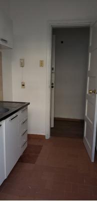Apartamento Interior De 1 Dormitorio, Excelente Zona