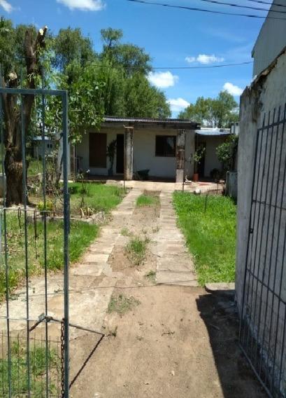 Venta Casa 2 Dormitorios, Jardín Oportunidad!!!