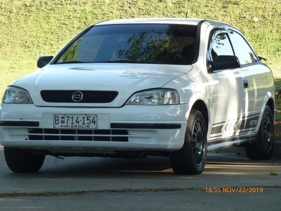 Chevrolet Astra 1.8 Año 2000 Muy Buen Estado