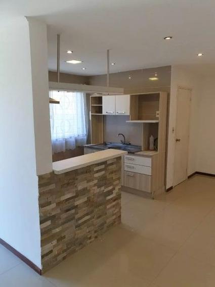 Alquiler Casa En Malvin. 1 Dormitorio. Opción Cochera.