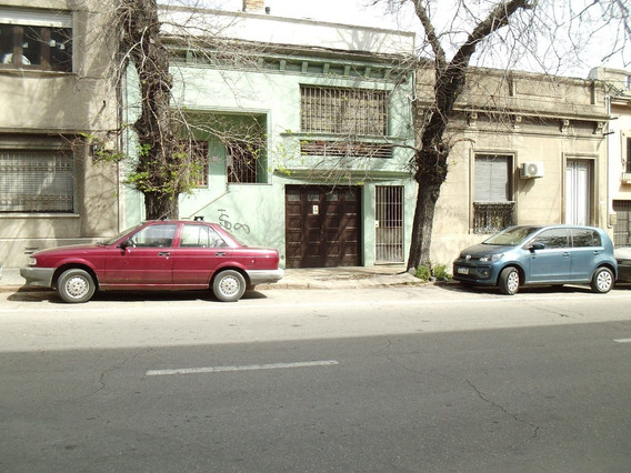 Galicia Y Barrios Amorin - Impecable - 2 Dorm. - Patio