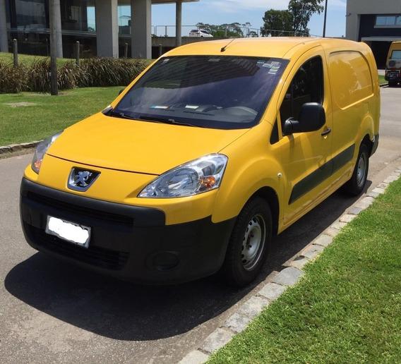 Peugeot Partner B9 Full 2010 - Ùnico Dueño