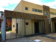 Suc Lomas Casa 2 Dormitorios Y 2 Baños A Estrenar De Calidad