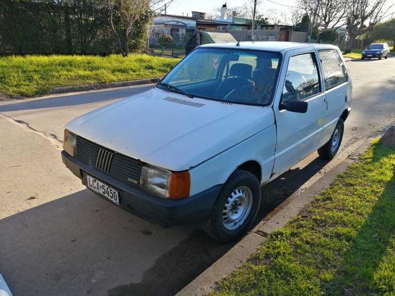 Fiat Uno Sedan 3 Puertas