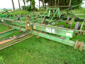 Cincel John Deere 1611 # 9702