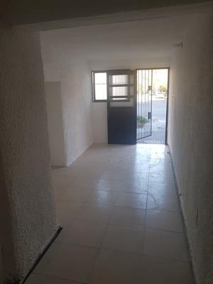 Apartamento O Local A La Calle