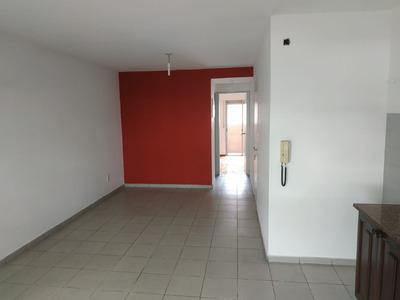Apartamento De Un Dormitorio En Centro A Nuevo Muy Luminoso