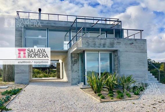 Casa En Venta , 3 Dormitorios, Jose Ignacio - La Juanita, Frente Al Mar