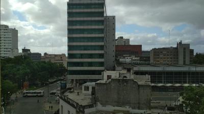Monoambiente En Av. Rivera Y 18 De Julio
