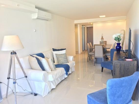 Apartamento En Alquiler Anual De 2 Dormitorios -ref:1455
