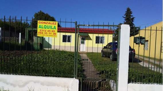 Casa De Dos Dormitorios En Paso De La Arena