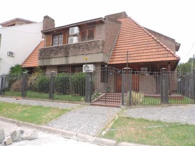 Bernal, Casa 5 Dorm. 3 Suitte - 380m2 Cub. 2 Plantas Excel.