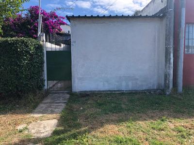 Casa De Un Dormitorio Y Un Baño