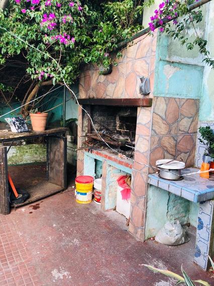 Casa P.único ,4 Dorm. Fdo C.parr, Garage, Próx.bvar Artigas.