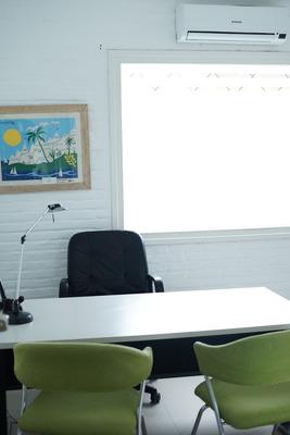 Alquiler Consultorio En Clínica Punta Del Este Con Admin.