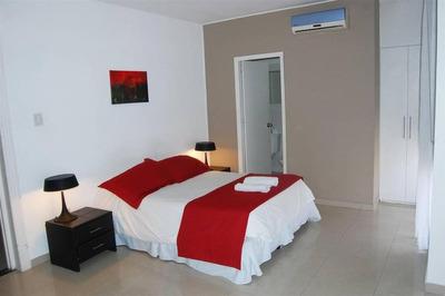 Habitacion De Hotel. Monoambiente.