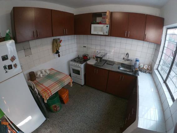 Apartamento Tipo Casa En Barrio Prado, Sobre Millán
