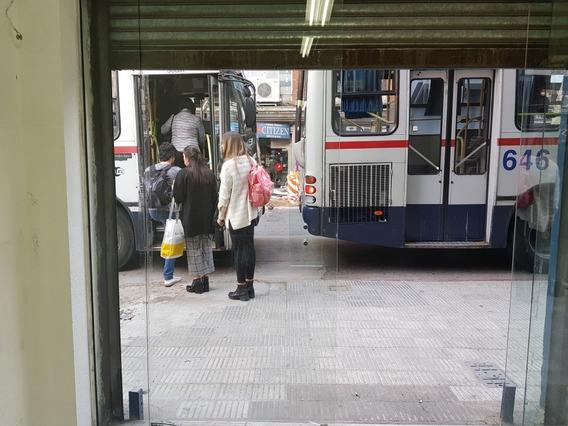 San José 842 Parada