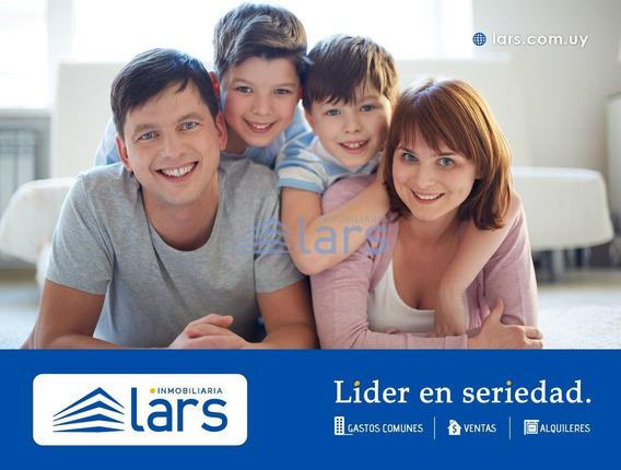 Local Comercial En Alquiler / Ituzaingó - Inmobiliaria Lars