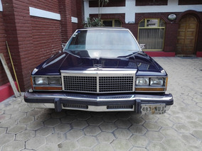 Ford Crown Victoria 1981