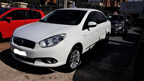 Fiat Grand Siena Essence - At - Año 2015 - Impecable