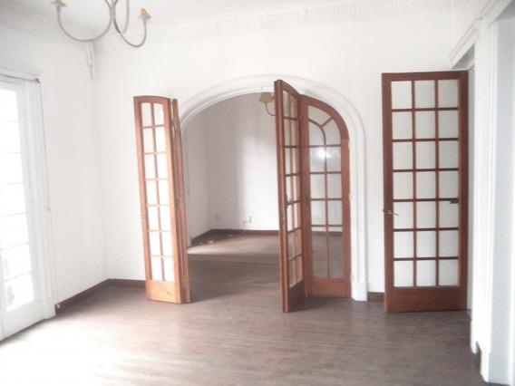 Venta Apartamento 4 Dormitorios En Ciudad Vieja