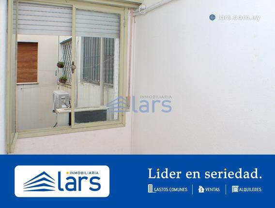 Apartamento En Alquiler / Centro - Inmobiliaria Lars