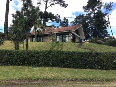 Espectacular Casa En Venta En Punta Del Este - Ref: 2693