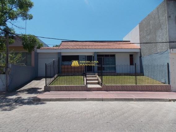 Venta - Casa - 3 Dormitorios - Excelente Ubicación