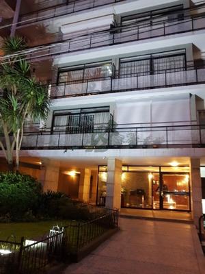 Apartamento De Tres Dormitorios En Alquiler En Punta Carretas - Ref: 2579
