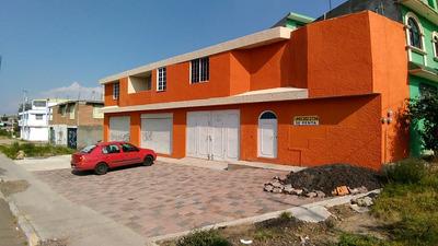 Casa En Venta, 3 Habitaciones, 2 Locales Independientes