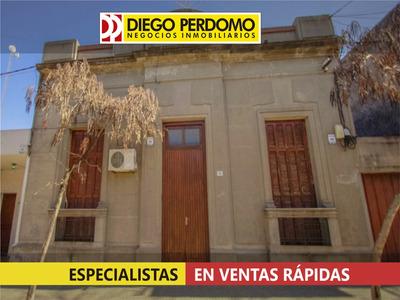 Casa De 3 Dormitorios En Venta, Centro De San José De Mayo