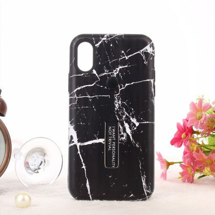 5f58241e9bd Carcasas Para Iphone Color Negro - Celulares y Telefonía en Mercado ...
