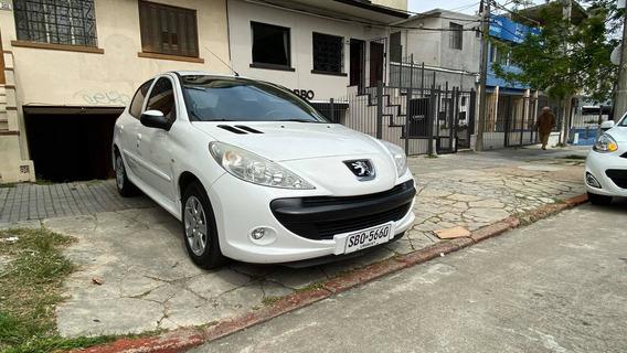Peugeot 207 Compact Frances 1.4