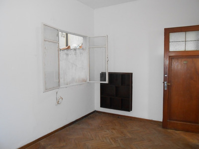 Se Vende Apartamento De 1 Dorm. En Pocitos Nuevo